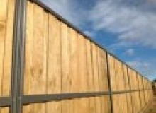 Kwikfynd Lap and Cap Timber Fencing advancetown